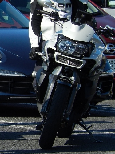 BMW K1300R (524x700).jpg