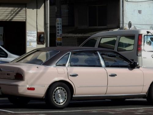 ニッサン プレジデント (700x525).jpg