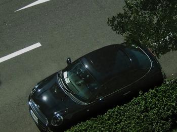 黒 (700x525).jpg