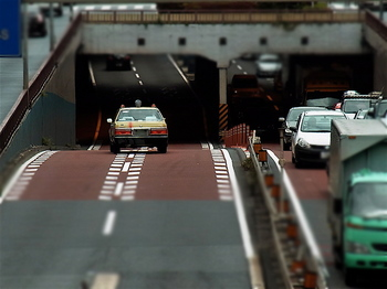 タクシー/アンダーパス.jpg