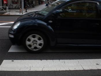 歩道通過.jpg