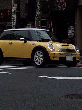 黄色.jpg